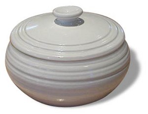 2 Quart Casserole with cover