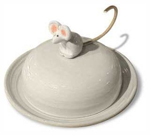 Cheese Dish with Mouse
